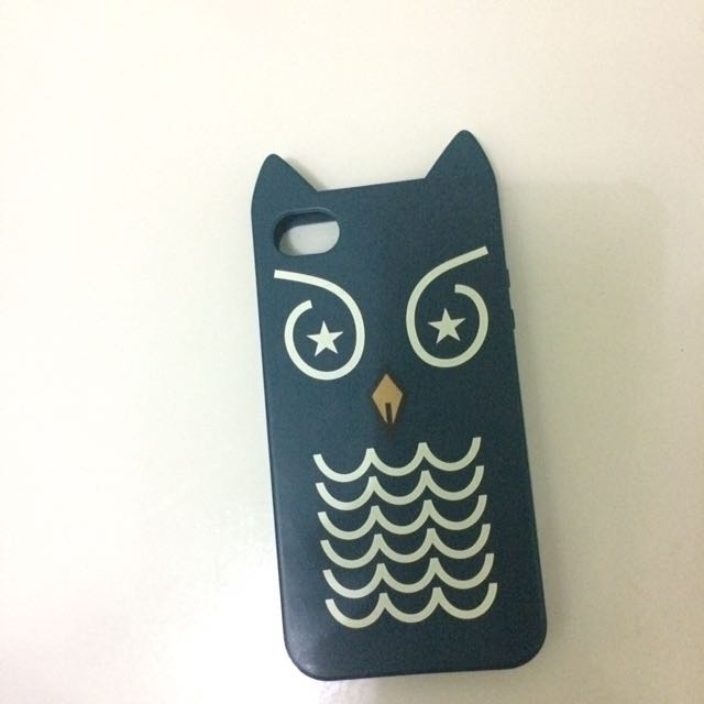 CASE IPHONE 4 / 4s PULL AND BEAR