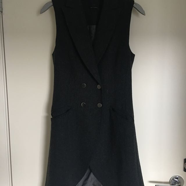 CUE Oversized Vest Grey Size 6