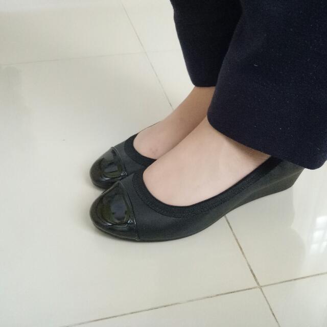 38b43cf0d533 Dexflex Comfort Black Pump Shoes