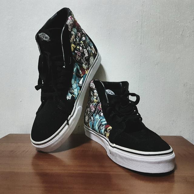 "Disney x Vans Sk8 Hi Reissue ""Alice In Wonderland"" Skate Shoes ... c67b2cb0b8041"