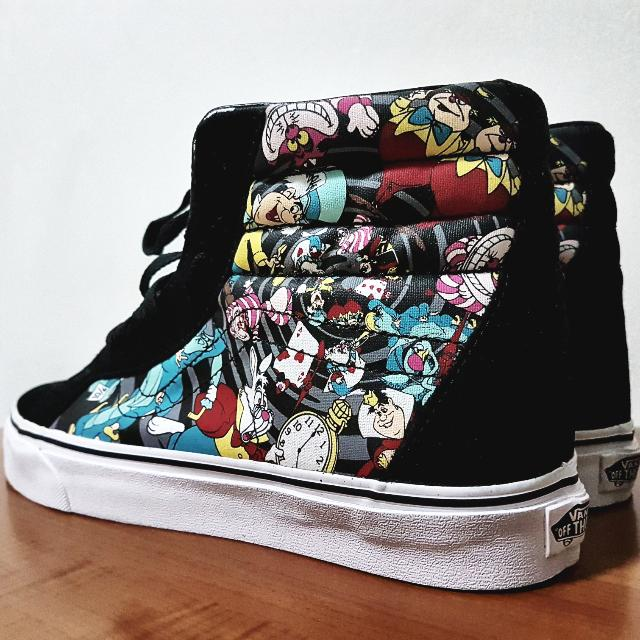 "Disney x Vans Sk8 Hi Reissue ""Alice In Wonderland"" Skate Shoes - Rabbit Hole   Black 37dda8bf28640"