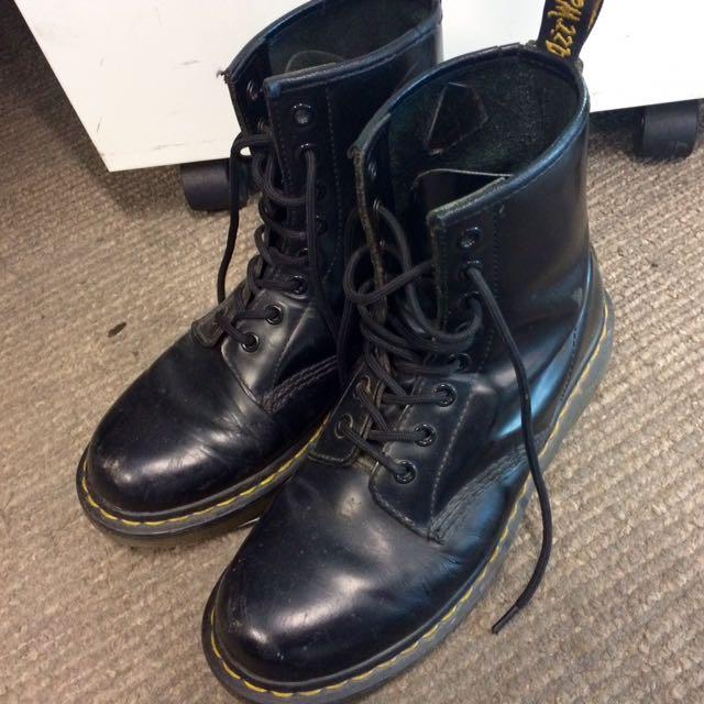 Dr Martens 8-Eye Boots - Size US 7 WOMS/ EU 38
