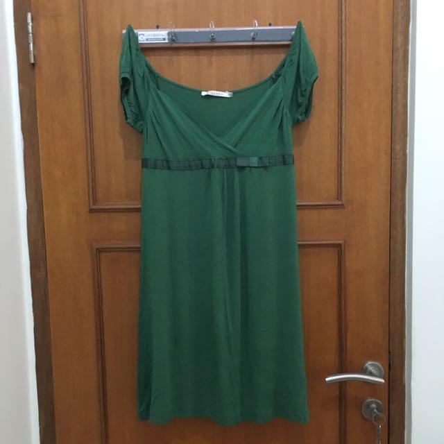 Dress Bershka Hijau
