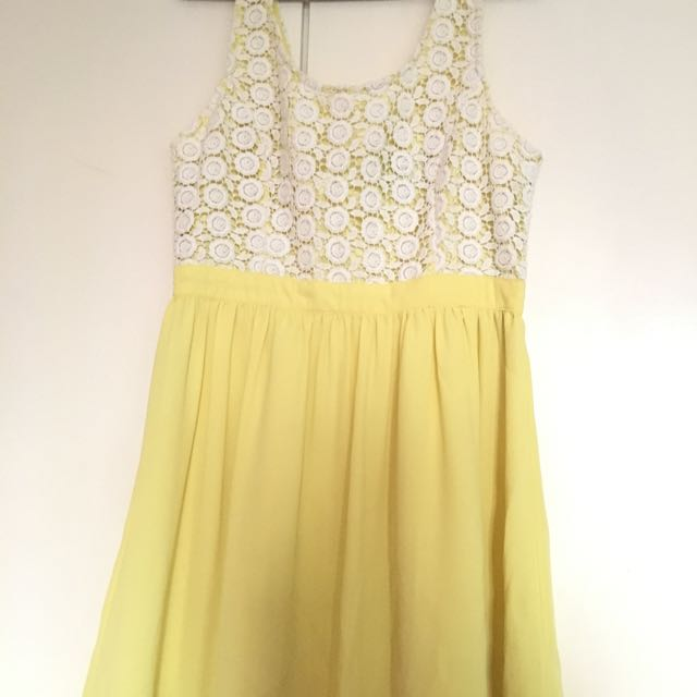 F21 Dress (pastel yellow)