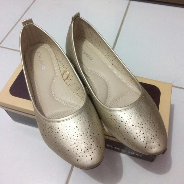 Flat shoes EKYDO