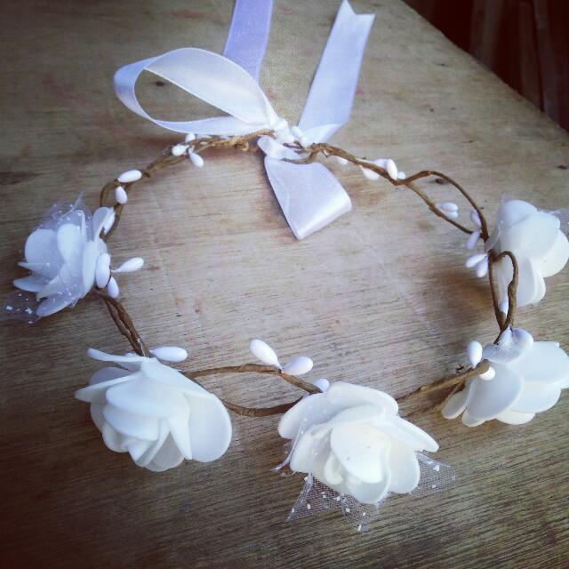 Flower Crown Simple White
