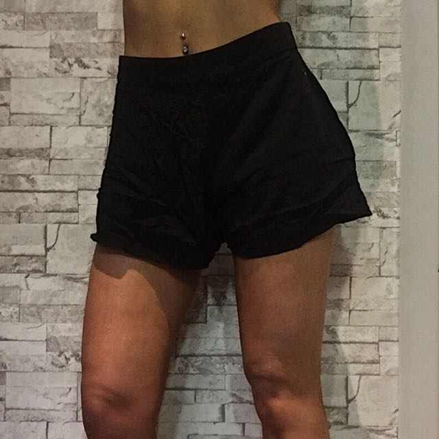 Forever 21 Shorts; Size S