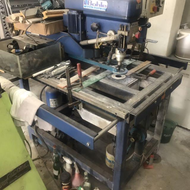 Glass Cutter Machine (drilling)