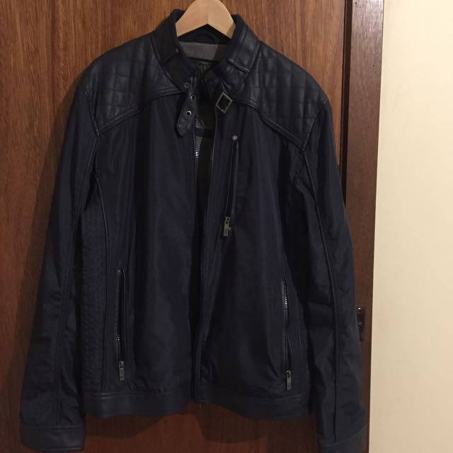 Guess light jacket