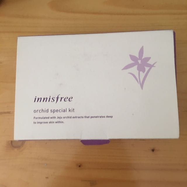 Innisfree Orchid Special Kit