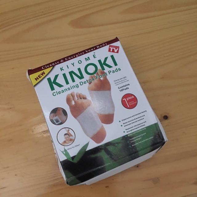 Kinoki Cleansjng Detix Foot Pads