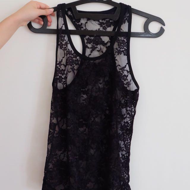 lace black tank