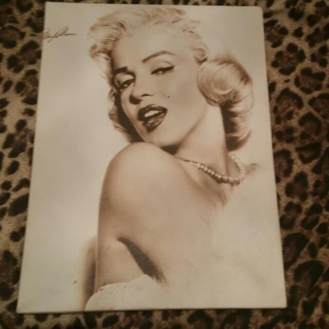 Marilyn Canvas Picture