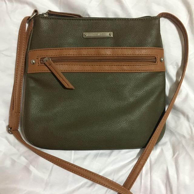 Nine West - Sling Bag