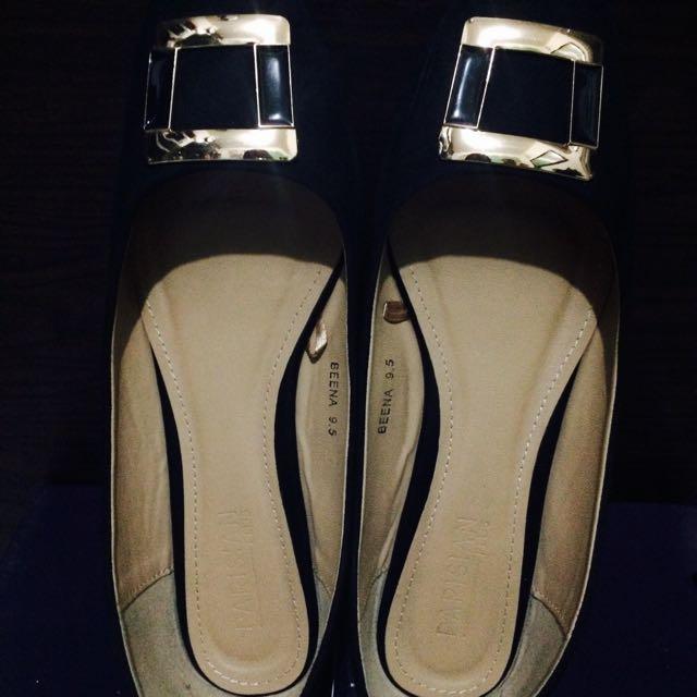 Parisian Flat Closed Shoes