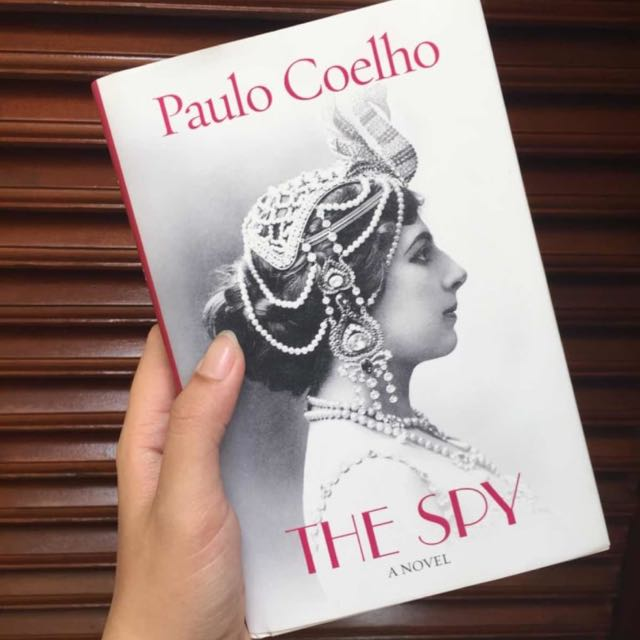 PAULO COELHO - THE SPY