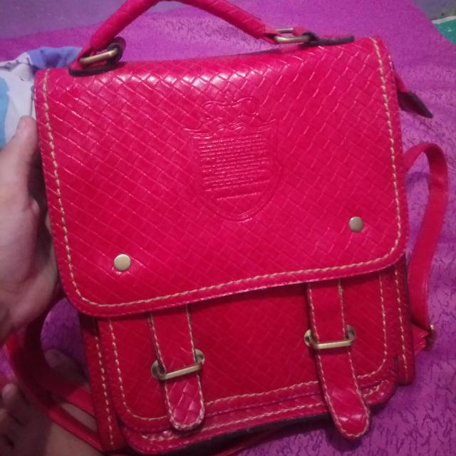 pink sling/backpack