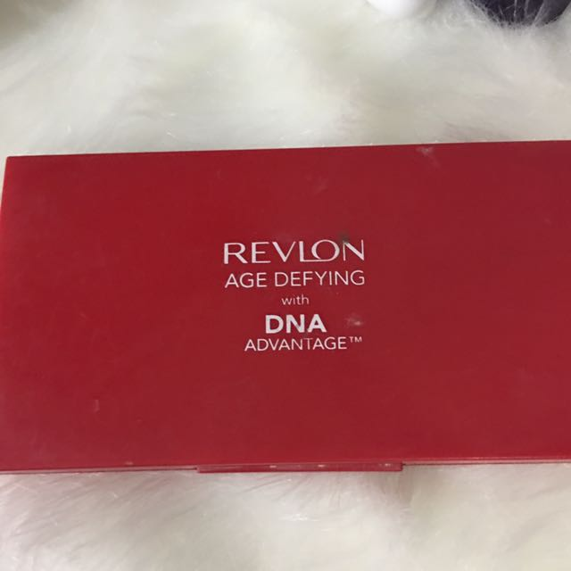 Revlon Age Defying Two Way Powder Foundation