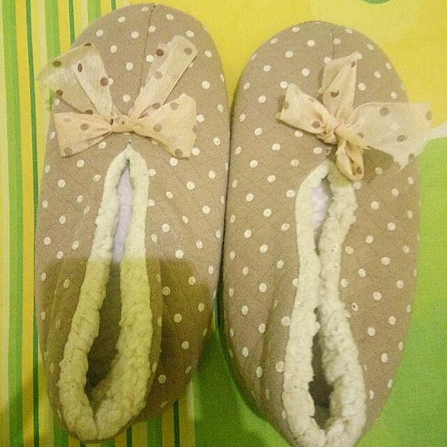 Sandal Tidur Polkadot