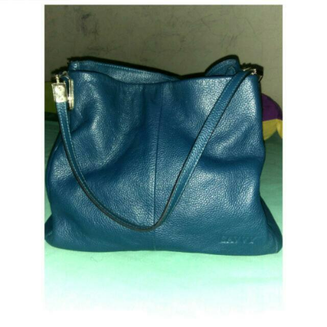 Savy Leather Bag Authentic