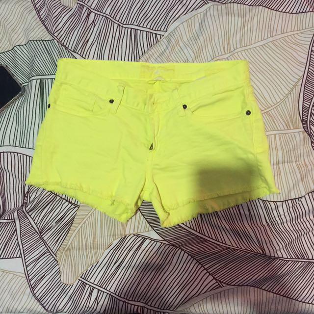 Shorts Size 26