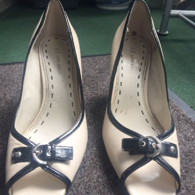 Size 10 Open Toe Pink And Black Pumps Heels