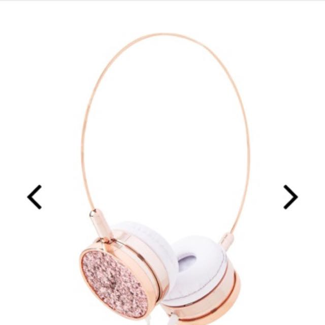 Skinny Dip London Headphone.