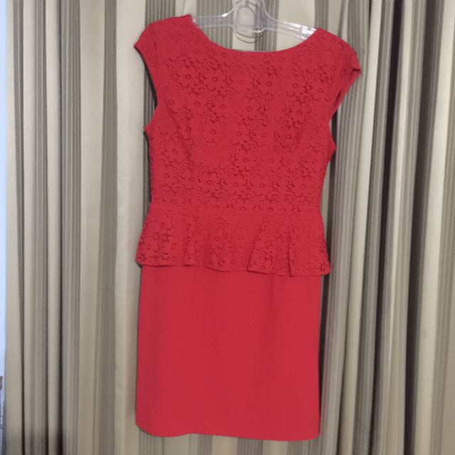 THE EXECUTIVE : RED PEPLUM LACE DRESS