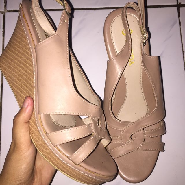 Wedges Nude
