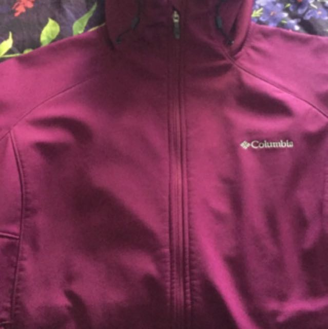 Women's Maroon Columbia Zip Up Jacket