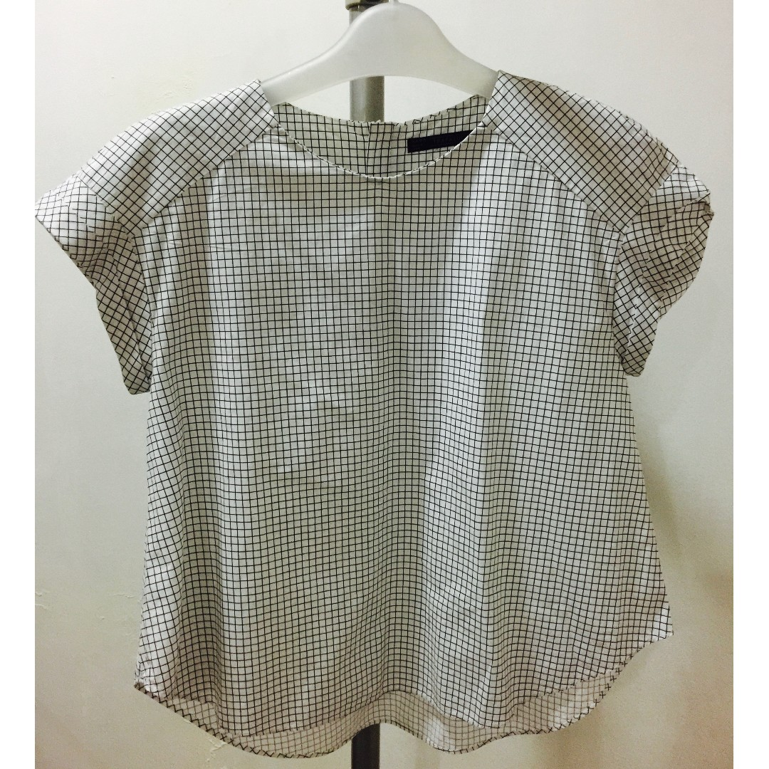 Zara Checkered White and Black Boxy Top