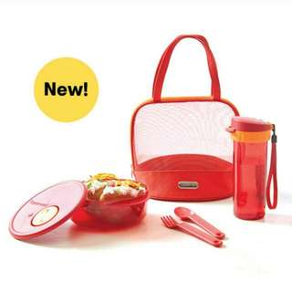 New Tupperware lunch set