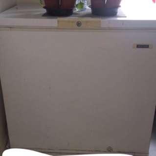 Frigidaire white deep freezer