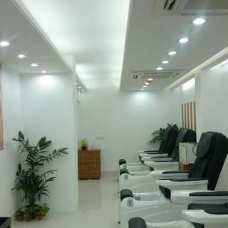 Commercial Space For Salon
