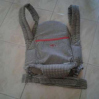 (Preloved)Baby Carrier