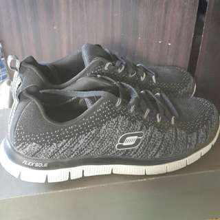 Sketchers Rubber Shoes