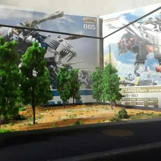 Zoids Display Case With Diorama