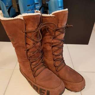 Size 8 Sorel Winter Boots