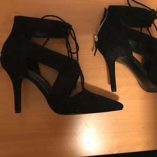 Nine West Lace Up Heels Sz 9
