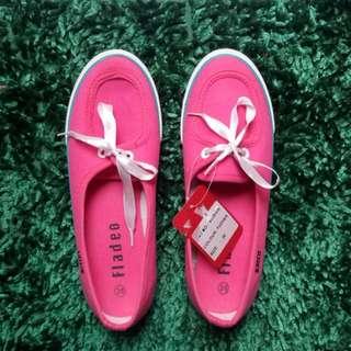 (Reprice & Subsidi Ongkir 15ribu) Sepatu Casual Fladeo Pink / Casual Shoes Free Gift Di List / Kerudung