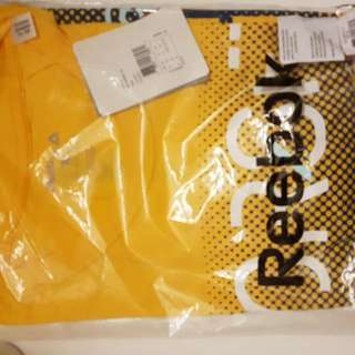 Reebok Yellow Men T-shirt