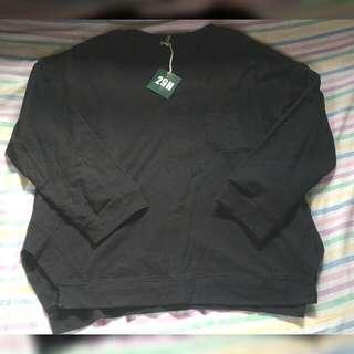 29H Black Pullover