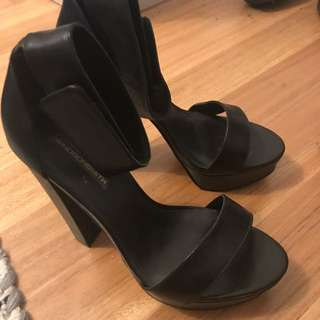 WINDSOR SMITH - Leather Strap Heels