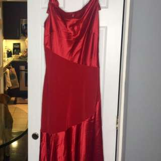 Size 14 Full Length Dress