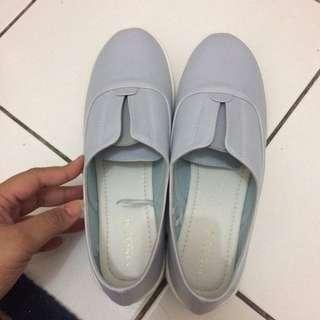 VINCCI Slip On Sky Blue Biru Langit Sepatu Slip on