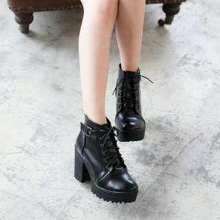 🚚 帥氣 側釦 繫帶 厚底 短靴 黑色 37號 馬丁鞋 高跟 二手