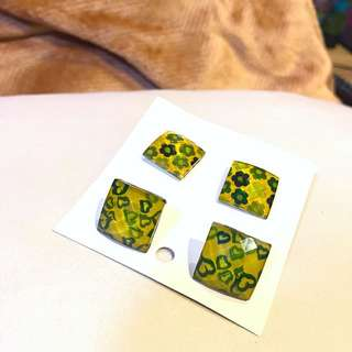 Square Patterned Green Earrings