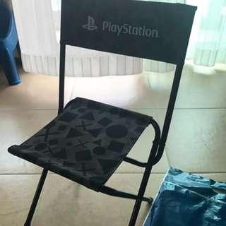 全新 PlayStation 迷彩便攜摺椅 摺疊椅 (連PlayStation袋一個)