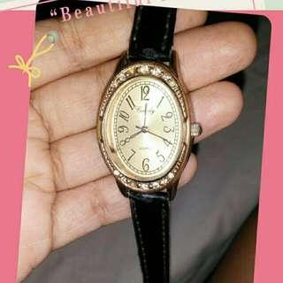 Vintage looking watch