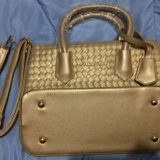 Elegant handbag (GOLD)